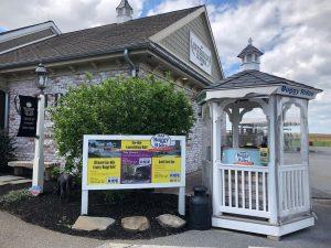 Kiosk at Kitchen Kettle Village